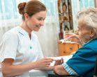 Invalīdu aprūpe mājās - Ko Tev par to vajadzētu zināt?